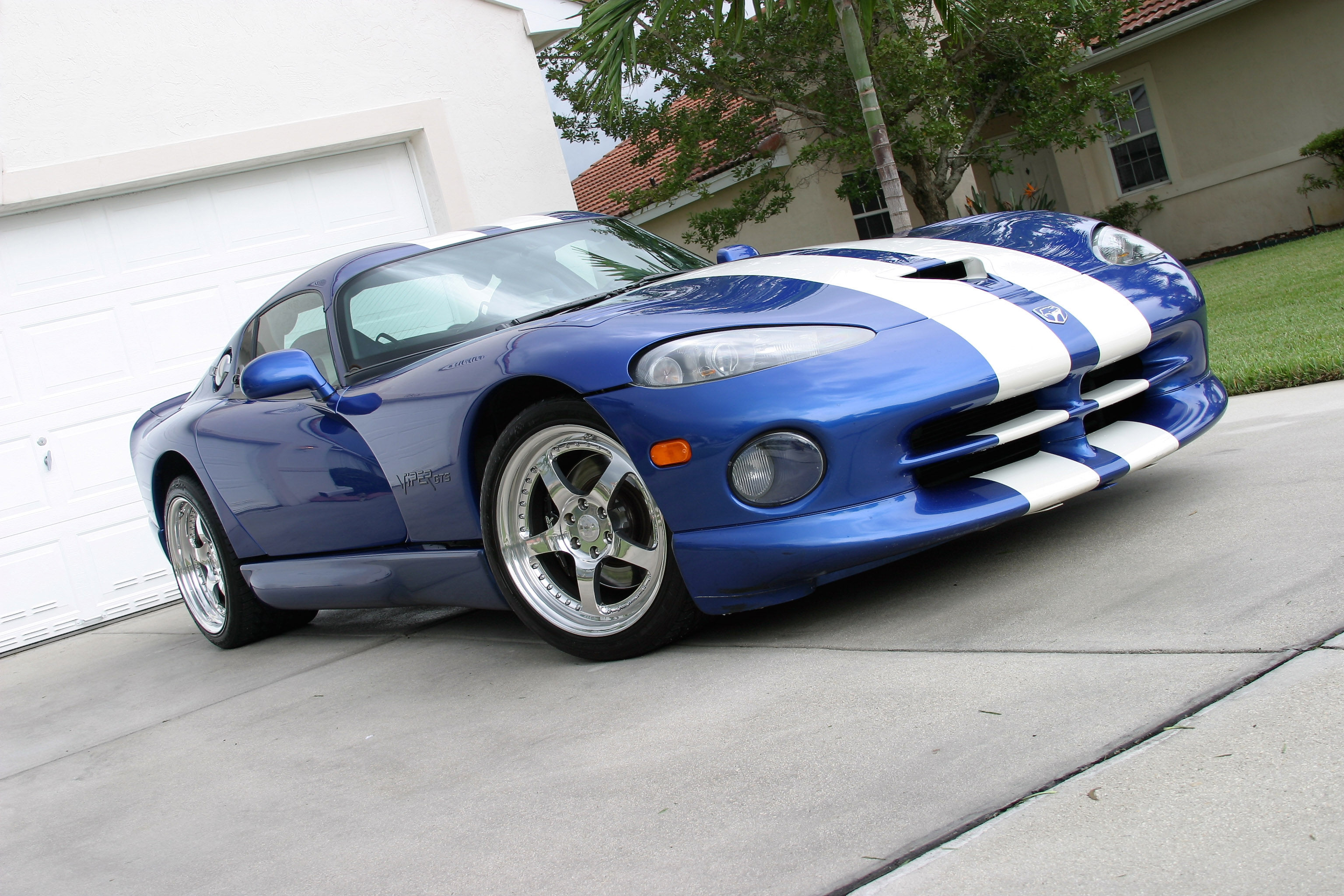 viper alley dodge viper forum srt viper how much to fix this car. Black Bedroom Furniture Sets. Home Design Ideas