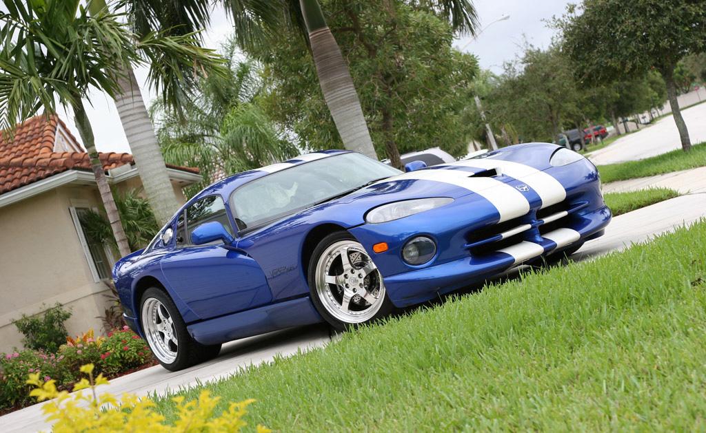 1996-Viper-GTS.jpg